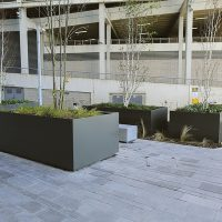 Media-City-Salford-Street-Furniture-Benches-Bollards-litter-bins-sign-posts-versa-outdoor-casestudy0016