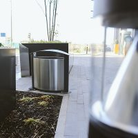 Media-City-Salford-Street-Furniture-Benches-Bollards-litter-bins-sign-posts-versa-outdoor-casestudy0023