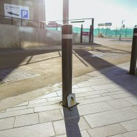Media-City-Salford-Street-Furniture-Benches-Bollards-litter-bins-sign-posts-versa-outdoor-casestudy0038