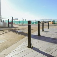 Media-City-Salford-Street-Furniture-Benches-Bollards-litter-bins-sign-posts-versa-outdoor-casestudy0039