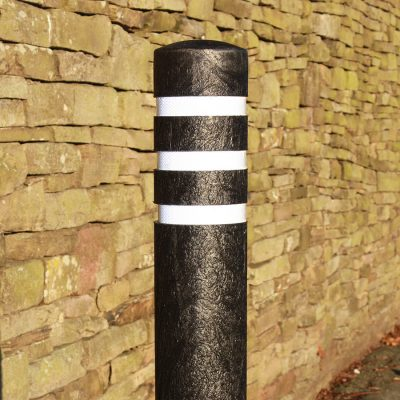 RECYCLED PLASTIC BOLLARDS