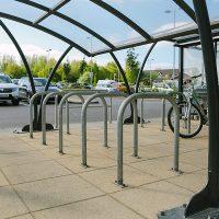 Burscough-retail-park-street-furniture-products-Versa-6