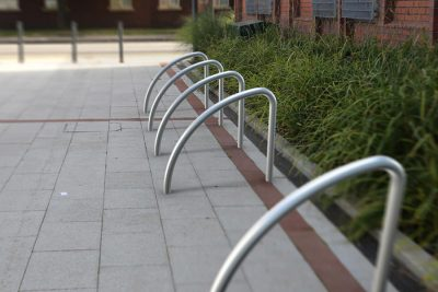 high street cycle stand for bikes